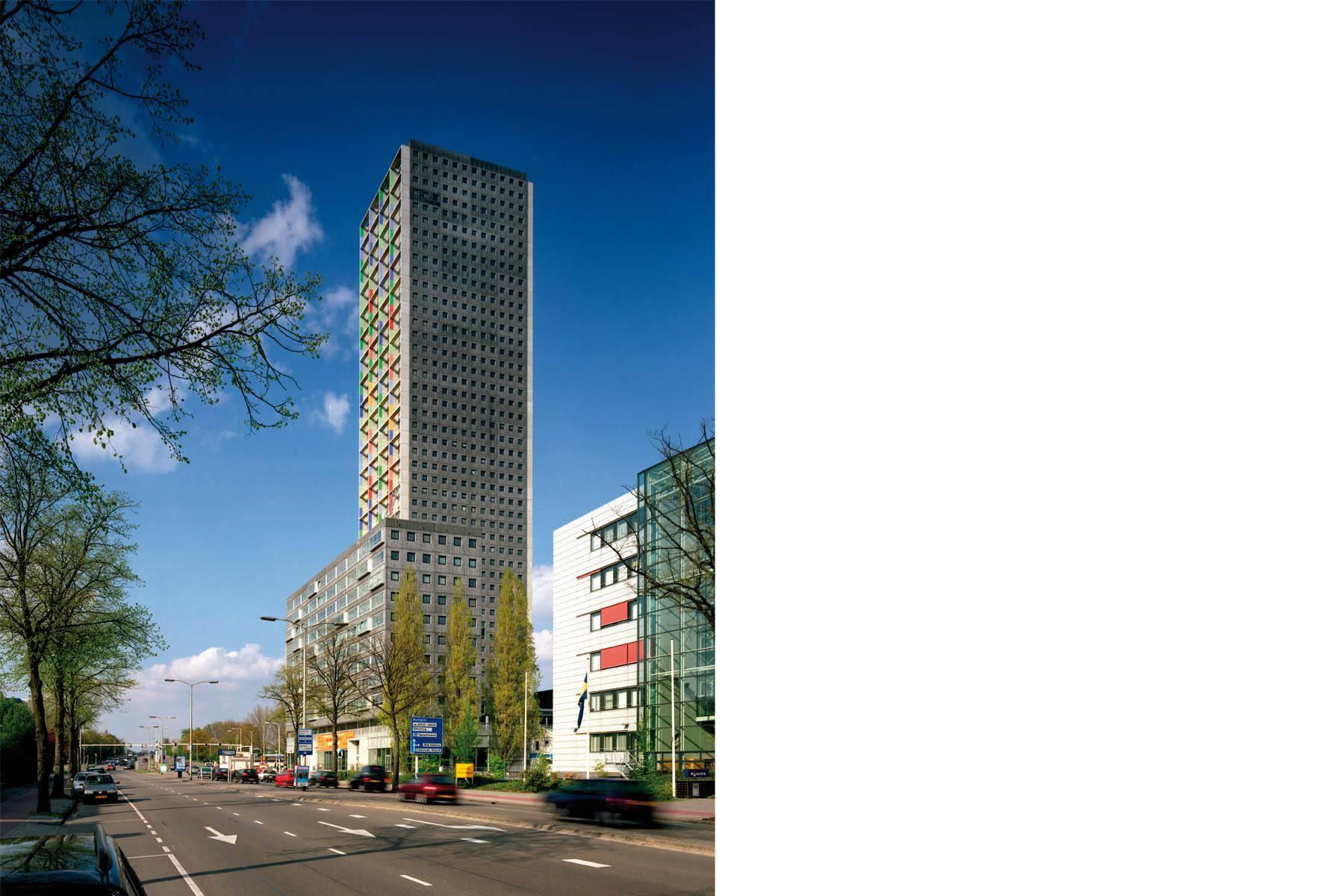 Lichtkunst / Tilburg Westpoint / 2004
